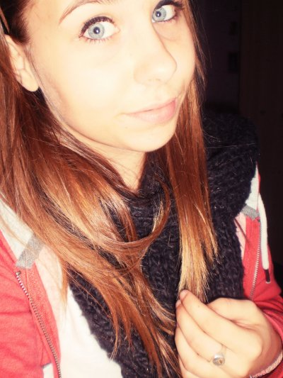 Mon bonheur existe, et il est simple : c'est ton visage.