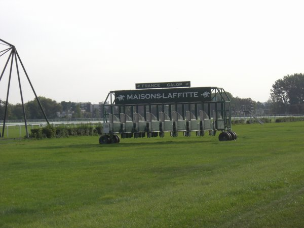 Maisons-Laffitte - Chantilly - Maisons-Laffitte (septembre 2011)