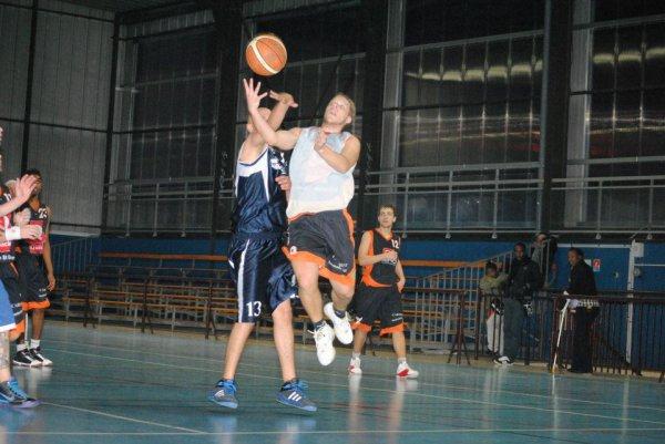 Les frères Le Pommellec et le basket (juillet 2012)