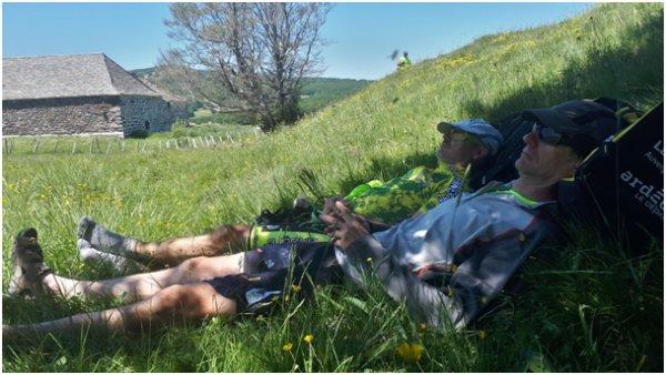 VIVANTS !! Dans la fournaise des raids VTT des Monts d'Ardèche.