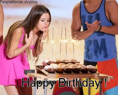 DEJA 20 ANS POUR SELENA ! HAPPY BIRTHDAY !! ♥
