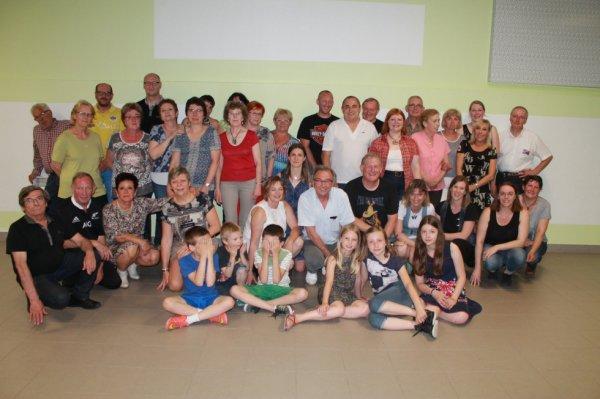 La dernière photo de groupe du club le 24 06 2016