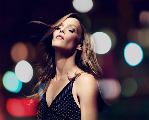 Vanessa Paradis par Carlos Serrao.