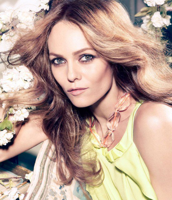 VANESSA PARADIS: RENCONTREZ LA STAR DE LA CONSCIOUS COLLECTION H&M
