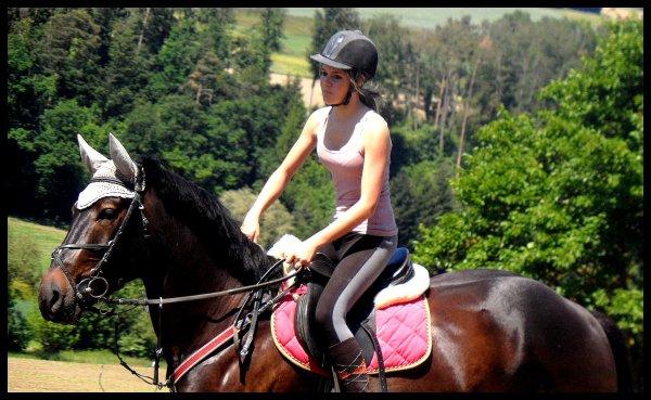 """"""" Il n'y a pas de secrets aussi intime que ceux d'un cavalier et son cheval. """"   ♥"""