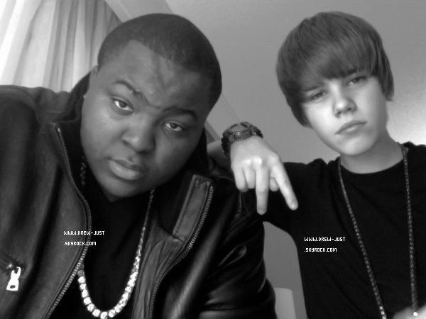 *  ๑ Bienvenue sur Drew-Just, ta source d'actualité sur Justin Drew Bieber ! _ *