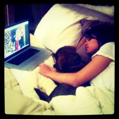 Selena & jusin adoptent un chien ::