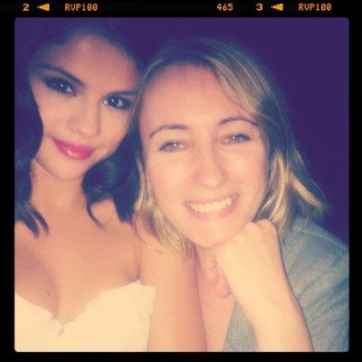 Selena Pix !