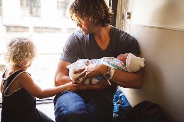 Eric, Sara, Wyatt and Esmé Olsen