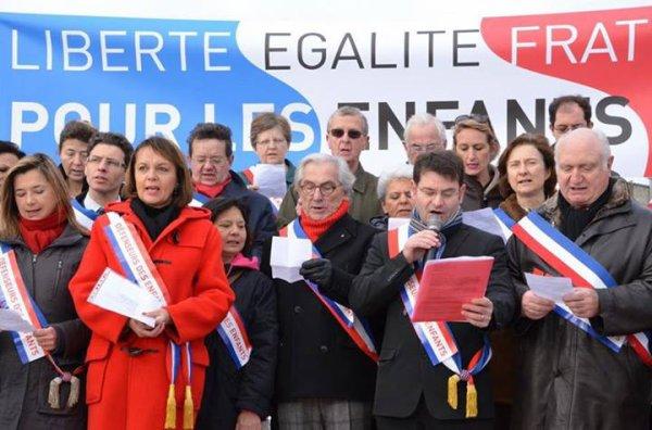 Haute-Garonne, 198 élus ont signé l'appel du collectif Maires pour l'enfance et refuse de marier deux personnes de même sexe !