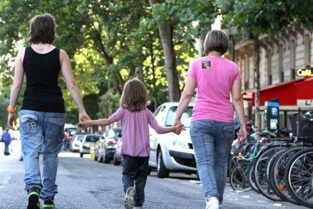 Nos familles existent depuis toujours... Laisser-nous vivre tranquillement !