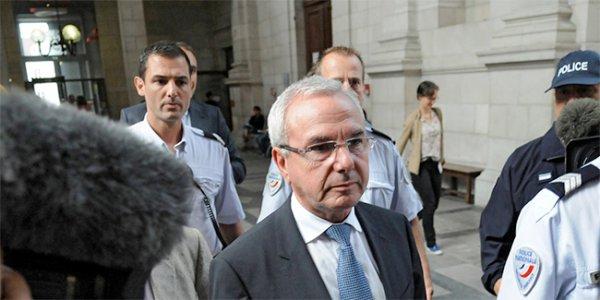 Un député UMP veux mettre les parents recourant à la GPA en prison...