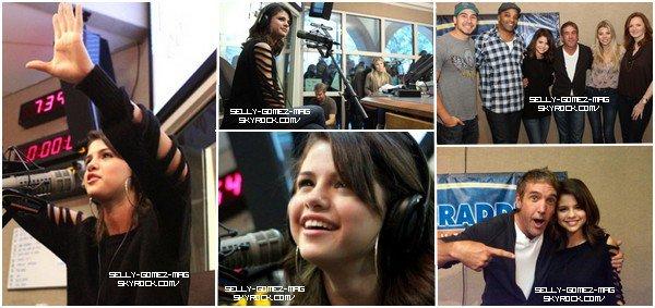 Notre belle Selena a donné une interview à la radio Kidd Kraddick le 23 novembre 2010 dans la journée. Retrouvez la vidéo ainsi que 5 photos de ce moment.