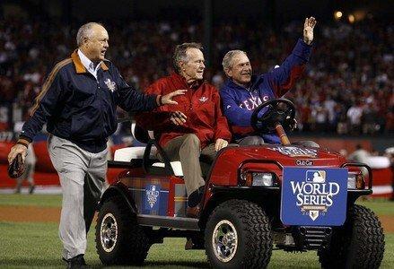 George W. Bush prépare son retour