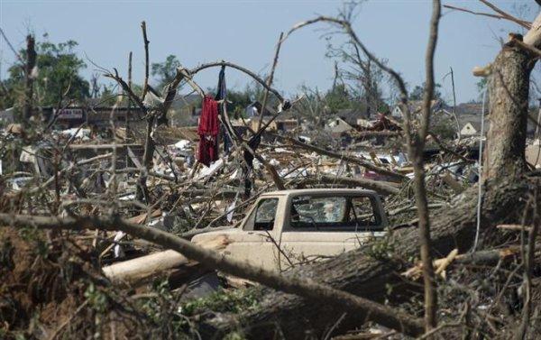 324 morts dans les tornades