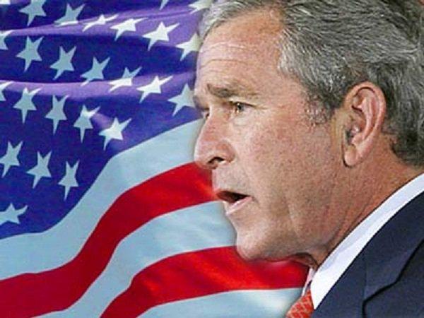 """La mort de Ben Laden: une """"victoire pour l'Amérique"""", selon George W. Bush"""