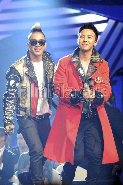 YEAH BABY !!! MTV EMA 2011