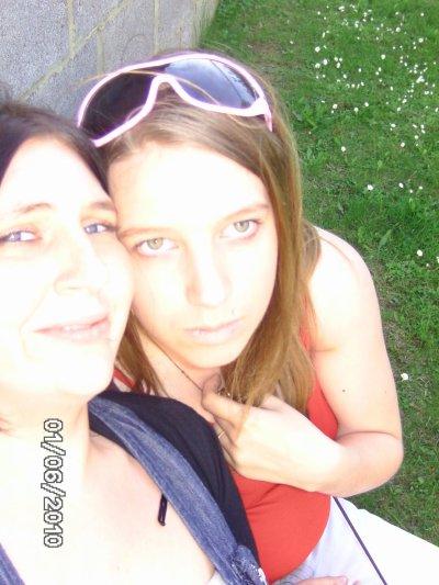 nous deux ... simplement .... ble soeur ...
