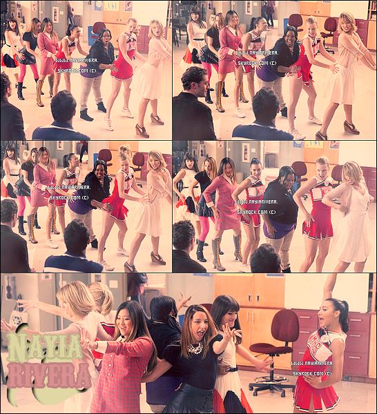 """18 Novembre 2011 : Naya en compagnie d'Amber étaient présente à la soirée caritative organisée par """" The Dream Foundation """" où je les trouve magnifiques ♥ + Quelques stills de l'épisode """" I kissed a girl """" de Glee !"""