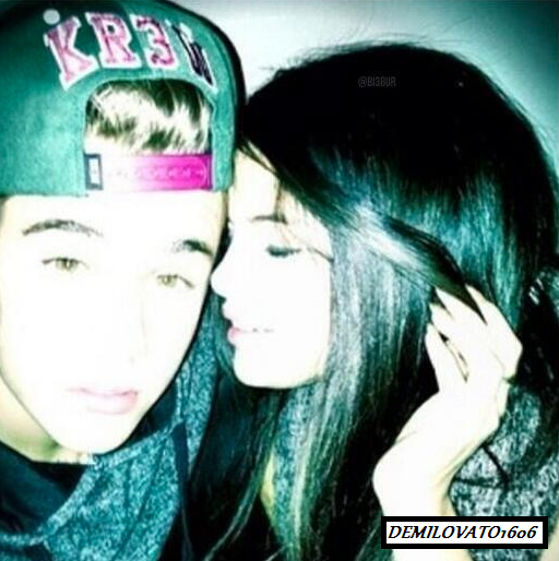 I am soooo happy, Jelena is back?? =D