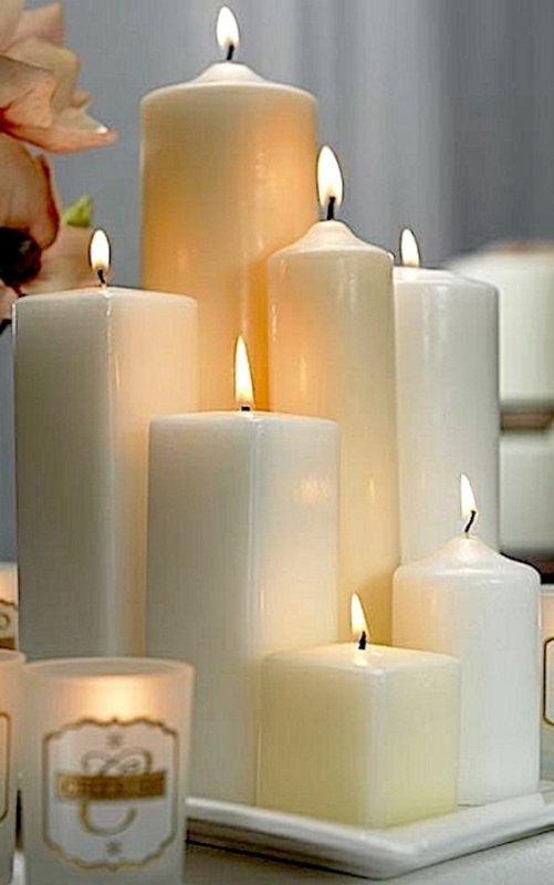 Nid de bougies; cette année les couleurs sont blanches, crème et caramel. Kerzennest; in diesem Jahr sind die gewählten Farben, Creme, Karamelle und Weiss.