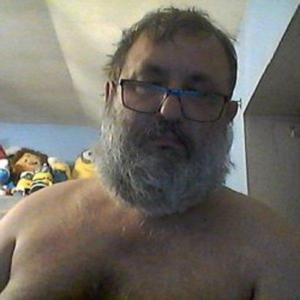 Marc0500groupemarc05000  fête ses 54 ans demain, pense à lui offrir un cadeau.Aujourd'hui à 09:33