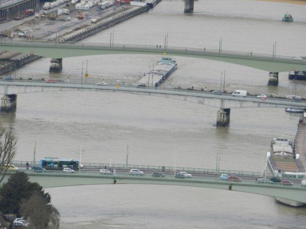 en attendant demontage du pont jeudi