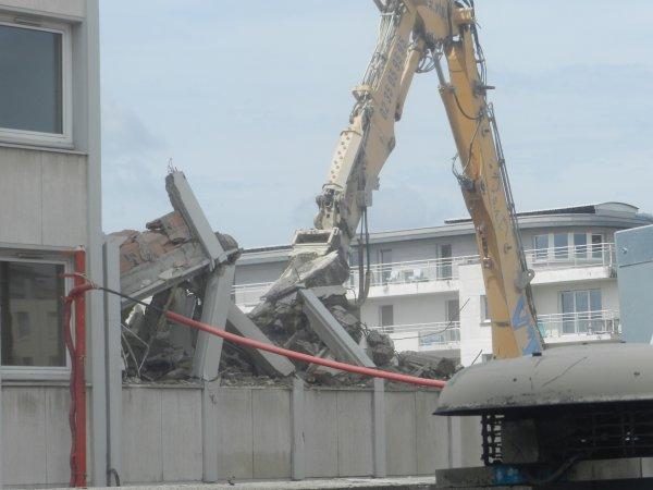 le 8juin fin de demolition