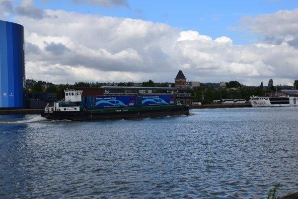 12 juillet a rouen sur les quais