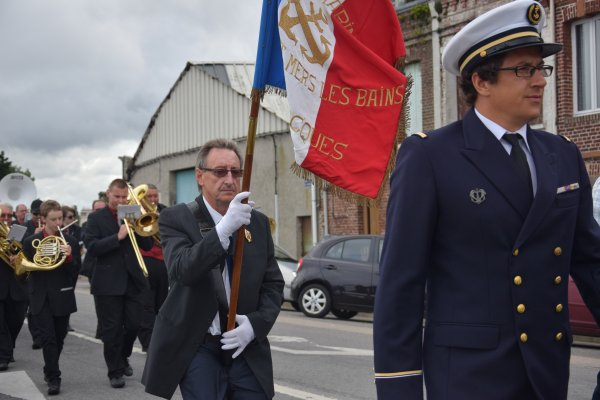 14 juillet defile au treport