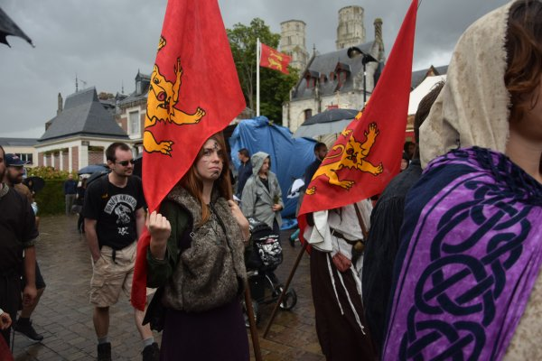fete medieval le 22 juillet a jumiege( demain on change de siecle)
