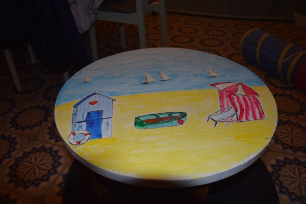 decidement trop froid je rentre peindre ma table