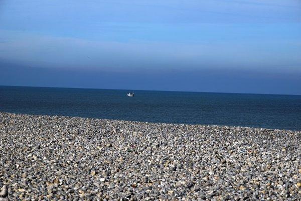 un matin j explore une autre plage a maree basse