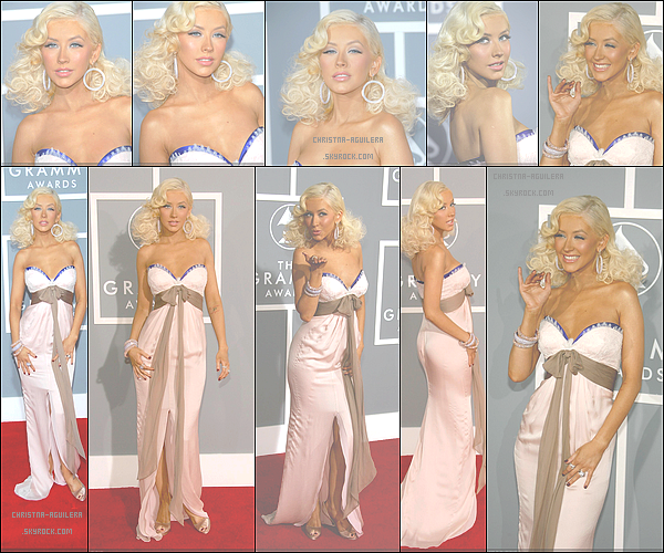 .  11/02/2007 | La belle Christina Maria Aguilera était présente aux à la soirée 49 th Annual Grammy Awards    Christina Maria Aguilera porte un look assez subtile et romantique je trouve ! C'est rare de la voir sans sont rouge à lèvre rouge. Un  beau top !.