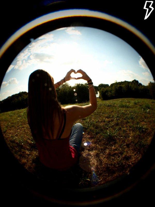 *__Les vrais amis se comptent sur les doigts de la mains...*