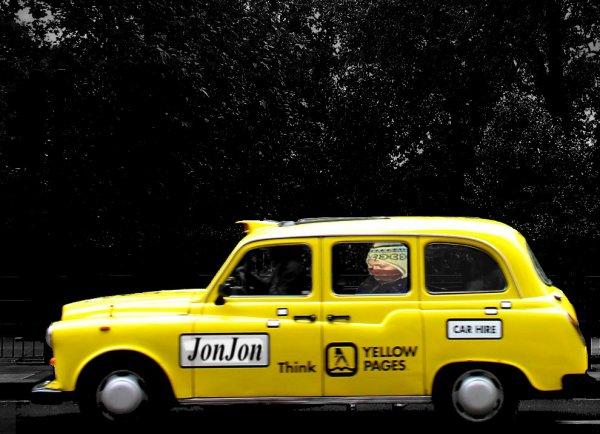 Tu m'a trouvé sur la photo ? Mais si dans le taxi u_u, oui c'est moi ! :D