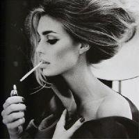 Fumer tue. Ceci dit, on finit tous par mourir, un jour ou l'autre.