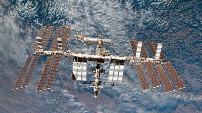 NASA extends International Space Station life to 2024