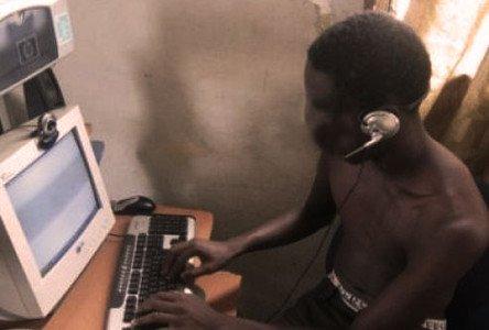 Cybercriminalité à Ouagadougou : Un enseignant dans les griffes d'un « brouteur »