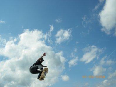 Stage d'initiation et d'entraînement durant une semaine vacances d'avril roller skate bmx et trott