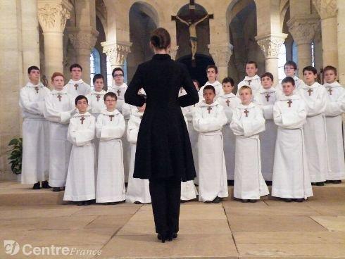 Les Petits Chanteurs à la Croix de Bois en concert  le 4 juin 2013 à Lormes (58 ).