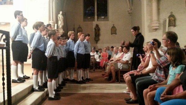 Dernier concert de la tournée d'été pour les Petits Chanteurs à la Croix de Bois