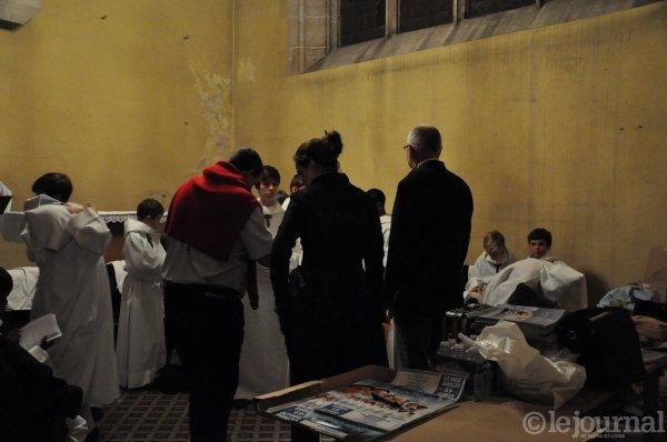 LOUHANS- Les Petits Chanteurs à la Croix de Bois en images      1/3