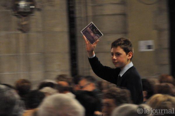 LOUHANS- Les Petits Chanteurs à la Croix de Bois en images      2/3