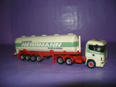 1/87 - Tracteur Scania 144-460 6/4 Herpa + sr citerne pulvé 4 ess Herpa