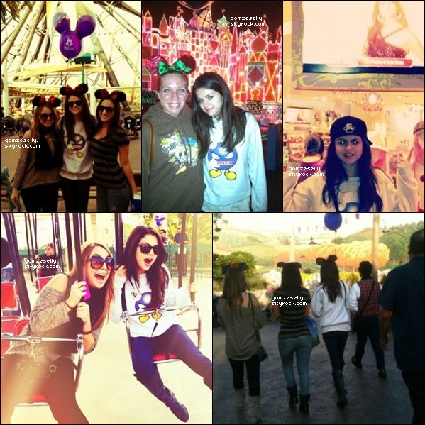 ♦ 18.11.11[/font=georgia] - Selena à postée des nouvelles photos personnelles sur ses comptes Twitter & Instagram. Ton avis ?
