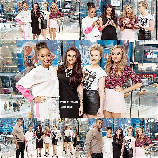 05/02/14 : Perrie et les filles visitant ''Extra'' à New York.