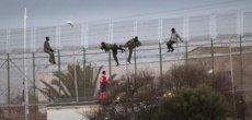 Espagne: Violente incursion d'immigrés à Melilla