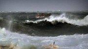 Des vagues de 17 mètres sur la côte nord de l'Espagne