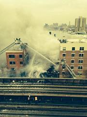 New York: Un immeuble explose et s'effondre: des blessés